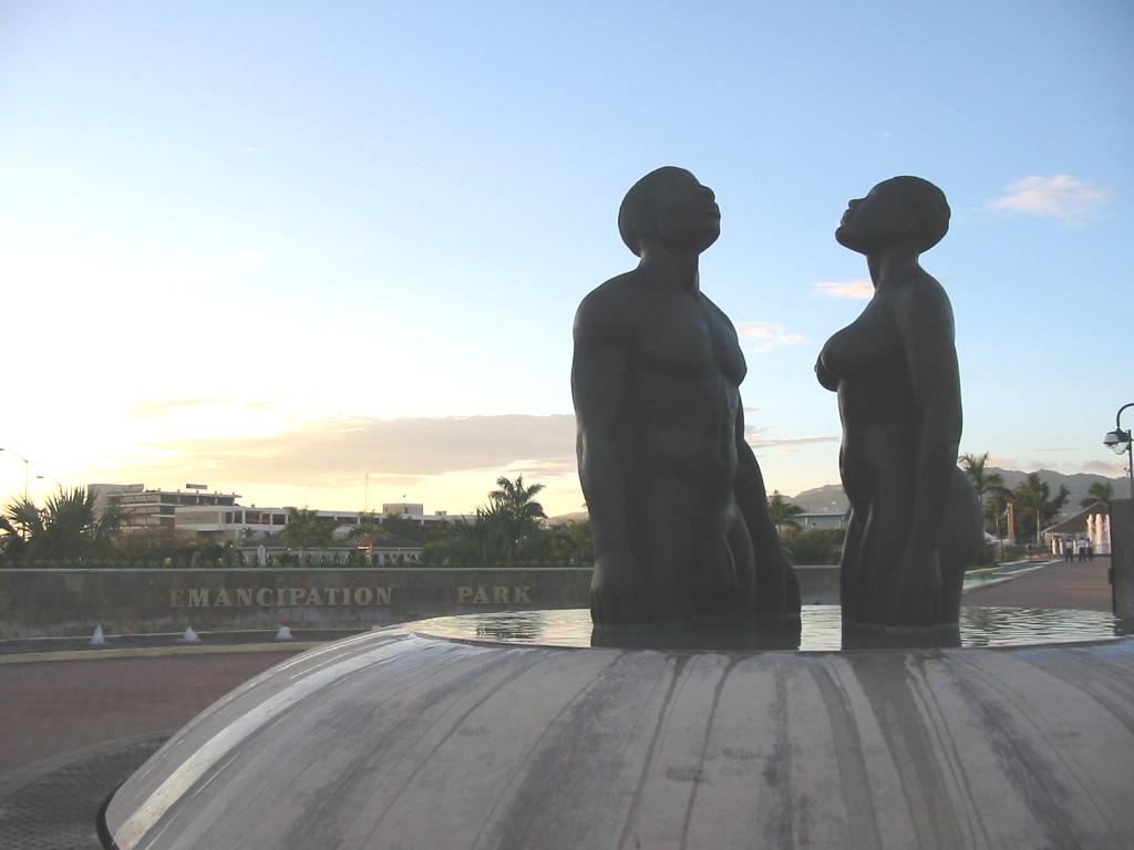 Emancipation_Park-Statues-1