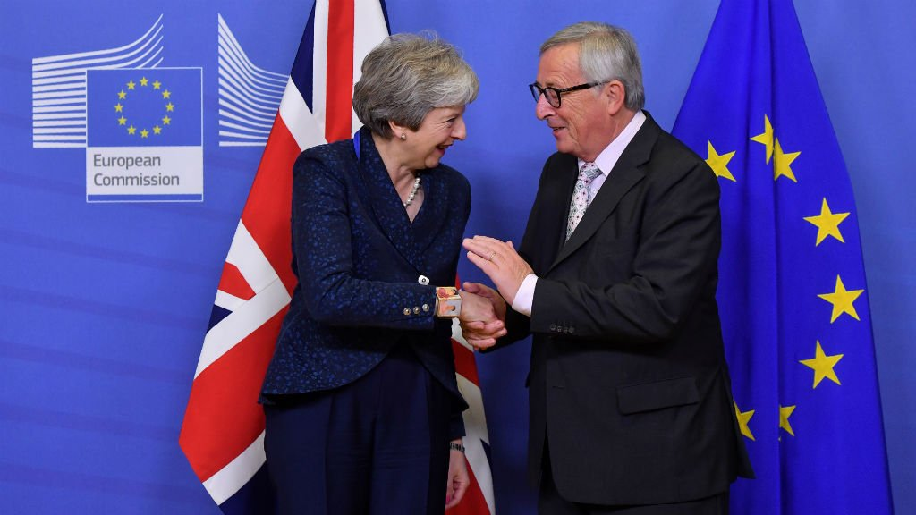 Photo via @France24_en