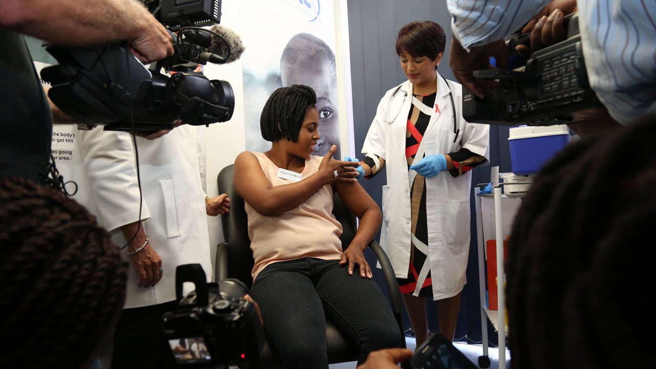 Woman in South Africa receives the experimental HIV vaccine in the HVTN 702 trial during its initial rollout in 2016. GALLO IMAGES/THE TIMES/JACKIE CLAUSEN/GETTY IMAGES